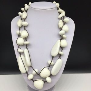 Talbots White Acrylic Chunky Beaded Brown Necklace